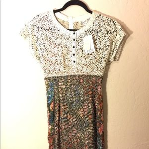 Gorgeous Anthropologie Fitted Lace Dress